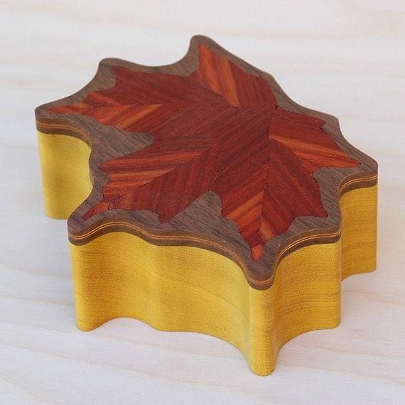 Leaf Keepsake Box