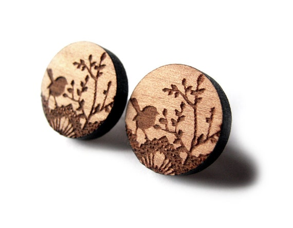 HALF PRICE That Vintage Dainty Wren - Earrings - Tasmanian Myrtle