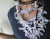 Barbed wire neck accessory