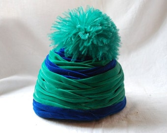Vintage Retro Green and Blue Velvet and Feathers Flapper Hat 1930's