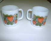 Set of 2 Strawberry and Flower Design Glasbake  Coffee Mugs
