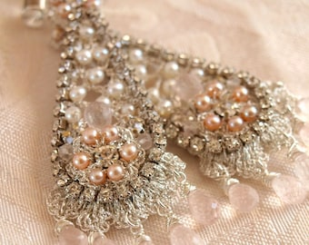 Blush Pink Wedding Earrings / Silver Lace and Pearl Chandeliers / Vintage Rhinestones / Floréal