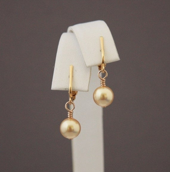 Swarovski crystal Gold single Pearls with GP clip earrings