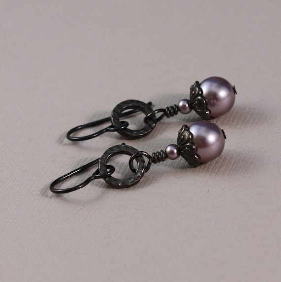 Black Niobium with Swarovski Mauve pearls and TierraCast Black Oxide earrings
