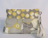 Deluxe Clutch with Wrist Strap  -  Optic Blossom