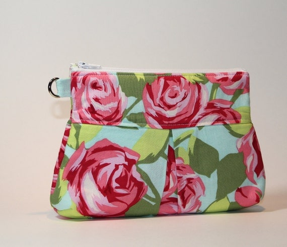 Deluxe Clutch with Wrist Strap - Pink Roses
