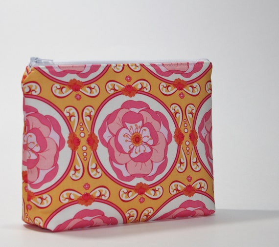 Divided Cosmetic Bag - 2 Compartments - Blush Meadowsweet