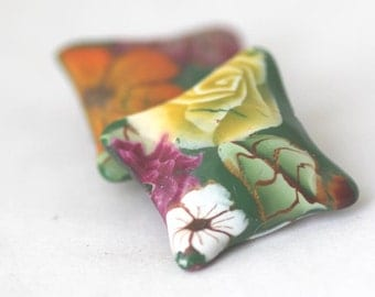 Polymer Clay Beads,  Pillow Beads, Forest Flowers Green Pair 2 Pieces
