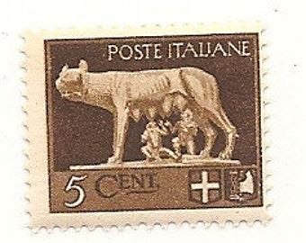 100 Old 1930's UNUSED ITALIAN STAMPS