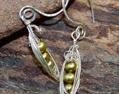 Green Pearl Sweet Peas in A Pod Dangle Earrings Solid Sterling Silver