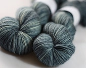 Bowland DK in Slate (Lot 210512) - hand dyed superwash bluefaced leicester knitting yarn - UK Seller