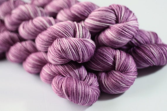 Titus 4ply in Antique Rose- hand dyed merino/silk 4ply sock yarn - UK Seller