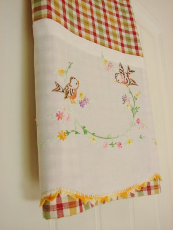 Sweet Tweet a Tea Towel with a Vintage Touch  -  Adorable - Vintage Recycled to Upcycled
