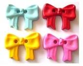 4 Vintage buttons bows shape 4 colors,plastic, 29mmX21mm