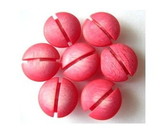 10 Vintage plastic buttons, red pink, beads for jewelry