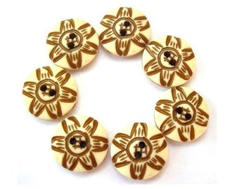 7 Vintage flowers plastic buttons 15mm suitable for button jewelry