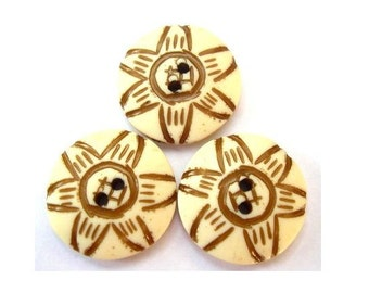 6 Vintage buttons, flowers, plastic, 23mm, proper for button jewelry