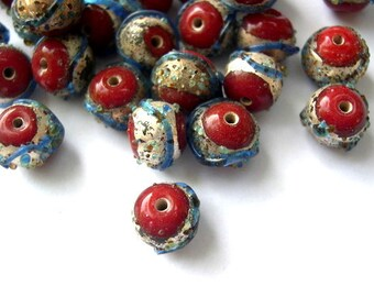5 BEADS ceramic porcelain glass bead, red with trim, might be vintage