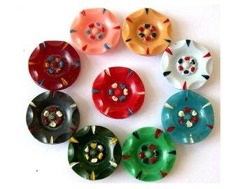 Antique buttons, set of 9 plastic buttons, unique, vintage rare, beautiful buttons, 22mm