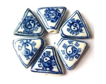 5 Ceramic porcelain glass beads, hand painted vintage white with blue design, UNIQUE SHAPE