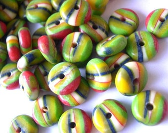 15 Vintage beads green red white black. plastic lucite, 12mm
