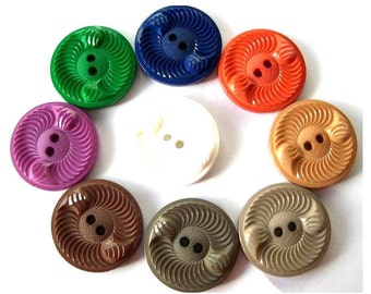 9 Vintage buttons plastic, 9 assorted colors, beautiful buttons, 28mm