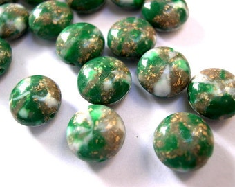 15 Vintage beads lucite plastic, marbled green, white with gold color glitters, 12mm