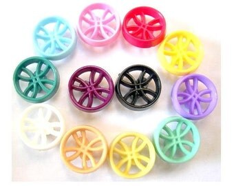12 Vintage plastic buttons 12 assorted colors unique design , 13mm