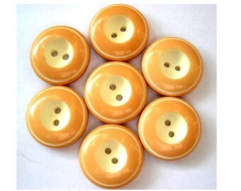 6 Vintage buttons caramel color with white center 19mm, high quality sweet buttons