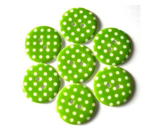 10 Plastic buttons green with white dots 23mm