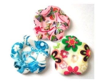 3 Flowers buttons, 3 colors,  new buttons 33mm
