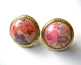 6 Buttons plastic colorful flowers on white with gold color circle 13mm