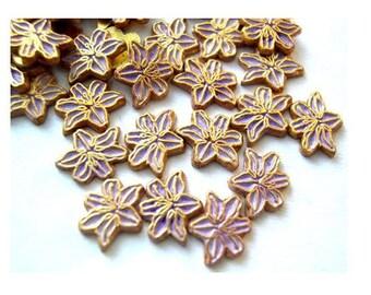 10 Vintage enamel metal flowers cabochon gold color base 7mmx6mm light purple