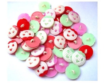 40 Vintage buttons smiling pumpkin 4 colors 17mm