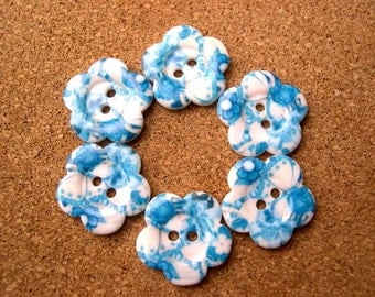 4 Flowers buttons white with floral ornaments in blue shades new buttons 20mm