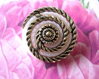 6 Vintage buttons frosted white flower image with gold color spiral 25mm