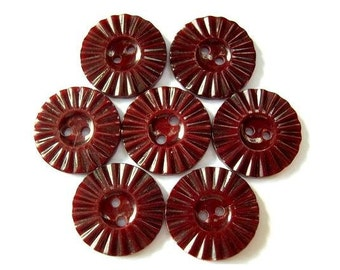 7 Antique vintage flowers plastic buttons red brown, 18mm