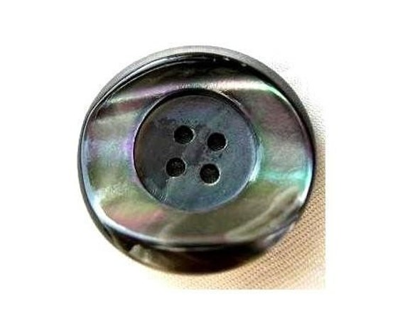 VINTAGE button, Shell button, large, 26.5mm in diameter, natural grey to green color