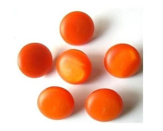 6 Vintage plastic buttons, can be use as beads, orange, 18mm