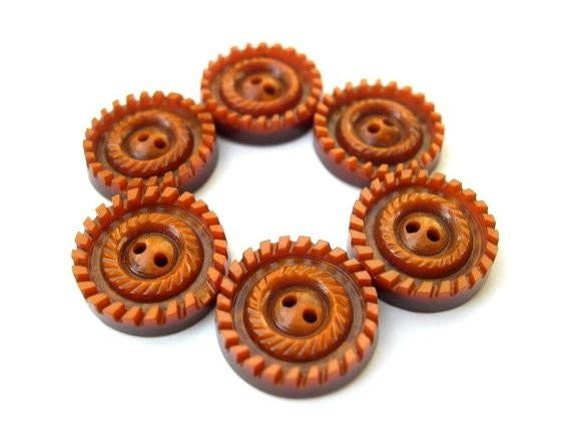 6 Vintage buttons, can be use as beads, plastic, thick, 17mm