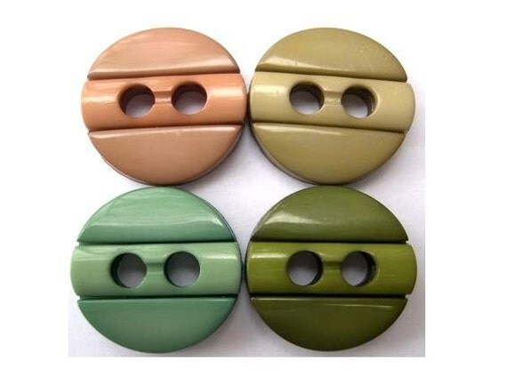 4 Buttons, vintage, plastic, 4 earth colors,unique buttons, 28mm, 6.5mm thick