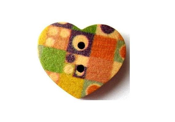 10 Wood buttons  heart shape flowers ornament