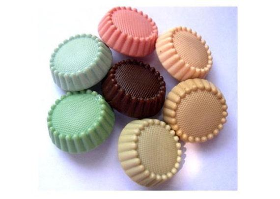 70 Vintage buttons, 7 colors, plastic  17mm shank thick