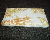 Vintage Floral Zippered Pouch