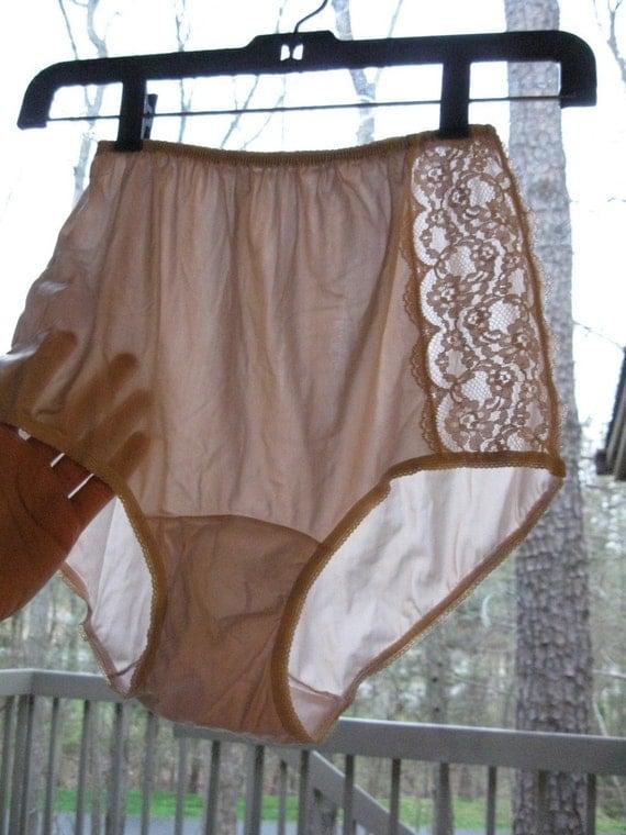 Vintage Nylon Lace Inset Mushroom Dixie Belle Panties