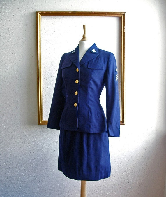 Authentic 1950s U.S. Navy female uniform