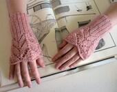 Arm Warmers Knitted in Rose Smoke Merino Wool