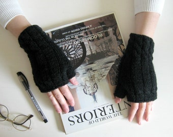 Hand Knit Fingerless Gloves in Black Wool - Woman Mittens