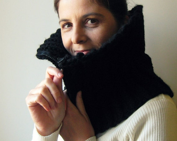 Black Wool Hand Knit Cowl with Zipper, Chunky Knit Cowl Scarf, Short, Mens Cowl, Winter, Womens Scarves, Cute Cowl, Neck Warmer, branda