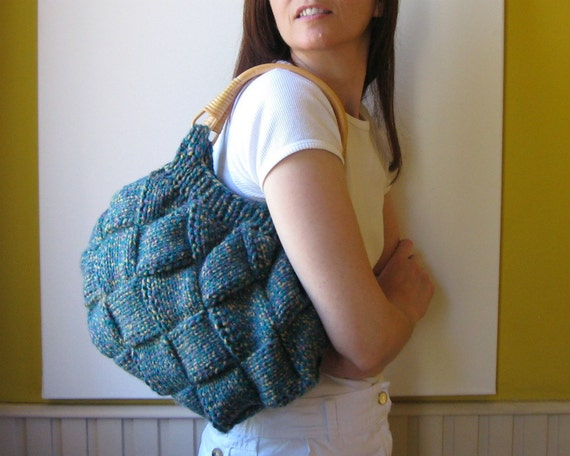 bag marbled turquoise - knitted in blend wool with rattan handles
